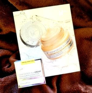 IT Cosmetics Confidence in a Cream Travel Size